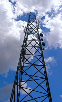 To monitor the stability of radio masts the  loads of the guide wires are monitored using the handheld digital display
